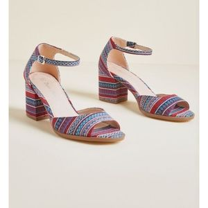 New Modcloth Fabric Ankle Stap Sandal